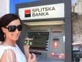 Podizanje gotovine na bankomatu Splitske banke (izvor: neteller blog)